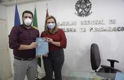 Marília promete ampliar equipes e reestruturar saúde bucal no Recife (Foto: Ricardo Labastier/Divulgação)
