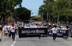 Caso Miguel: Em protesto, familiares cobram denúncia e atenção do MPPE