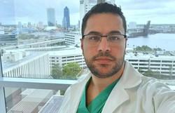 'Peguei a doença fazendo o que amo', escreveu médico antes de morrer de Covid-19 (Foto: Arquivo Pessoal )