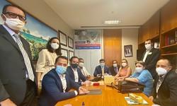 Deputados anunciam apoio para a construção do Hospital do Câncer de Araripe, no Sertão pernambucano (Foto: Divulgação)