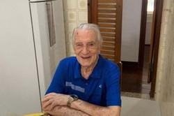 Aos 101 anos, Orlando Drummond, o Seu Peru, est� internado em estado grave (Instagram / Reprodu��o)