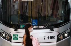 Ônibus e táxis voltam a circular em Noronha (Foto: Rovena Rosa/Agência Brasil )