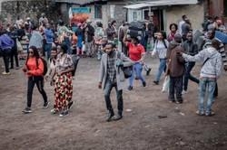 Assassinatos de mulheres acusadas de bruxaria aumentam na República do Congo (Foto: Guerchom NDEBO / AFP)