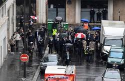 Suspeito de ataque com faca em Paris confessa que agiu contra Charlie Hebdo (Foto: Alain JOCARD / AFP)