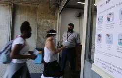 Estudantes fazem as provas de exatas do Enem neste domingo (Foto: Tânia Rêgo/Agência Brasil)