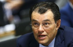 Senador Eduardo Braga pede a Bolsonaro intervenção federal na saúde do Amazonas (Marcelo Camargo/Agência Brasil)