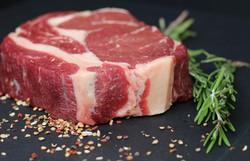 Estudo encontra vínculo biológico entre carne vermelha e câncer colorretal (Foto: Pixabay)