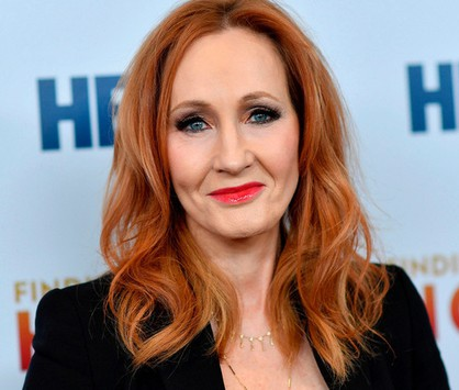 J.K. Rowling publica conto (Angela Weiss/AFP)