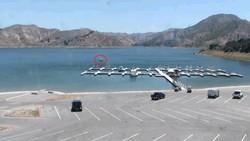 Polícia divulga imagens da chegada de Naya Rivera e filho ao porto para alugar barco (Foto: Reprodução)