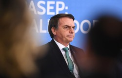 Governo prevê R$ 30 milhões em propaganda para 'renovar esperanças do brasileiro' (Foto: Evaristo Sa/AFP)