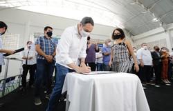 Paulo Câmara inaugura a Escola Técnica Estadual Chico Science em Olinda (Foto: Heudes Regis/SEI)