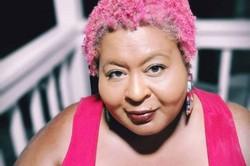 Aos 48 anos, morre Erica Watson, atriz do filme 'Preciosa' (A artista, que estava morando na Jamaica, havia se casado há cerca de um mês e estava em busca de uma vida mais saudável. Foto: Reprodução/Instagram)