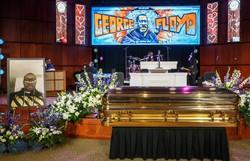 Memória de George Floyd é homenageada em primeiro dia de funeral nos EUA (Foto: Kerem Yucel / AFP)