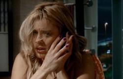 Fina Estampa: Teodora se desespera ao ver que tesouro não está mais em armário. Confira o resumo desta sexta