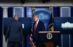 'O mundo sempre foi perigoso', diz Trump sobre homem baleado perto da Casa Branca (Foto: Brendan Smialowski/AFP)