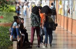 Estudantes com Fies podem suspender parcelas a partir de hoje (Foto: Marcello Casal Jr/Agência Brasil)