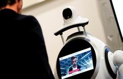 Robô verifica temperatura e uso de máscara em cidade belga (Kenzo Tribouillard/AFP )