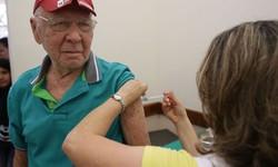Segunda etapa da campanha de vacinação contra gripe começa hoje (Foto: Antônio Cruz / Agência Brasil)
