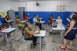 Comerciantes da orla de Jaboatão recebem capacitação contra a Covid-19 (Foto: Chico Bezerra/PJG )