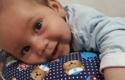 Bebê com AME ganha ação na Justiça por remédio mais caro do mundo (Foto: Facebook/Reprodução)