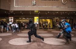 Tensão entre EUA e China se agrava por sanções contra autoridades em Hong Kong (Foto: Dale de La Rey / AFP)