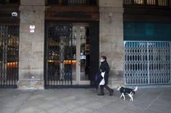 Espanha teve mais meio milhão de desempregados em 2020 (Foto: ANDER GILLENEA / AFP)