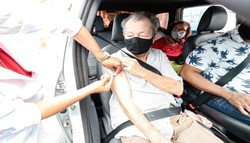 Cabo vacina 687 idosos contra a Covid-19 em mutirão neste sábado (6) (Fotos: Gabriel Crispim / Prefeitura do Cabo de Santo Agostinho)