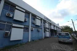 Polícia cumpre 12 mandados de prisão contra suspeitos de homicídios em Camaragibe (Os presos estão sendo levados para o Departamento de Homicídios e Proteção à Pessoa (DHPP).)
