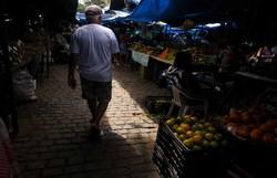 No Mercado de Casa Amarela ainda há pessoas sem usar máscara de proteção (Peu Ricardo/DP Foto )
