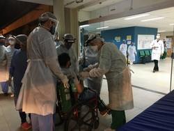 HC começa a tratar cinco pacientes com Covid-19 vindos de Manaus