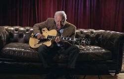 Morre Bucky Pizzarelli, renomado guitarrista de jazz, vítima de coronavírus (Foto: Reprodução/YouTube)
