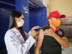 Pessoas sem comorbidades a partir de 29 anos já podem ser vacinadas contra Covid-19 em Vitória  (Foto: Prefeitura de Vitória de Santo Antão/Divulgação )