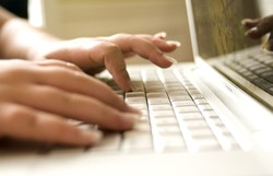 Programa gratuito oferece 400 vagas de formação em marketing digital (Foto: Pixabay/Reprodução)
