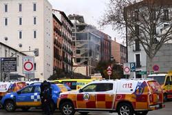 Prédio no centro de Madri é atingido por forte explosão (Foto: GABRIEL BOUYS / AFP)