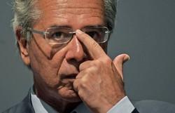 Paulo Guedes é condenado a pagar R$ 50 mil por ter chamado servidores de 'parasitas' (Foto: Carl de Souza/AFP)
