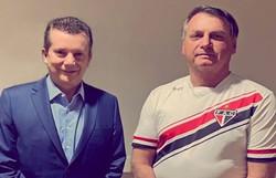 Internado, Bolsonaro recebe Russomanno e faz foto com seu candidato em São Paulo (Foto: Reprodução/ Instagram)