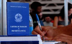 Mais de 40 milhões de brasileiros querem trabalhar mas não conseguem, diz IBGE (Foto: Marcello Casal Jr/ Agência Brasil)