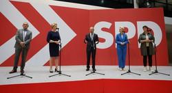 Alemanha entra em período de incerteza após eleição apertada (Foto: Odd ANDERSEN / AFP )