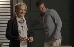 Totalmente Demais: Stelinha afirma a Arthur que eles precisam separar Eliza de Jonatas. Confira o resumo desta sexta