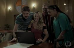A Força do Querer: Jeiza ajuda Zeca com a divulgação de seu ônibus de festa. Confira o resumo deste sábado
