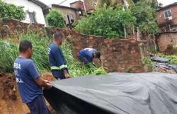 Defesa Civil de Olinda faz ações nos morros após fortes chuvas (Foto: Divulgação)