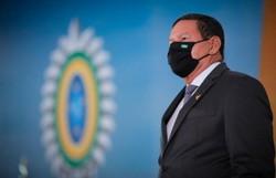 Mourão critica CPI: 'Figuras esquecidas reapareceram vestindo camisola de virgem' (crédito: Bruno Batista /VPR )