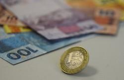 Programa de financiamento de salários teve mais adesão entre empresas maiores (Foto: Marcello Casal jr/Agência Brasil)