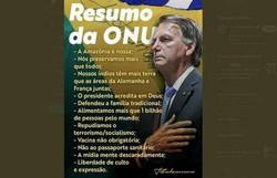 Bolsonaro divulga imagem em que aparece com seis dedos na mão (foto: Redes Sociais/Reprodução)