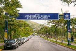 Aluno é flagrado fazendo sexo durante aula on-line da UFSC (Foto: Divulgação/UFSC)