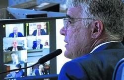 Eduardo Girão vai brigar pela presidência da CPI da Covid-19 (crédito: Edilson Rodrigues)