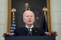 Biden dobra a meta de redução de emissões dos Estados Unidos a 50-52% (Foto: Brendan Smialowski / AFP)