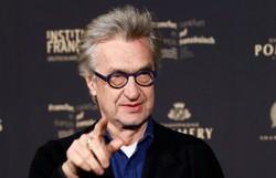 Wim Wenders chega aos 75 anos sendo o amigo por excelência do cinema (Foto: AFP/Arquivos)