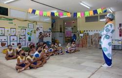Estudantes da Rede Municipal participam de abertura da exposição 17 ODS para um Mundo Melhor (Live-painting da abertura acontece nesta terça-feira (26), às 10h. Foto: Paulo Melo/PCR)