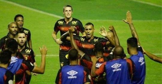 Contra campeão do Nordeste, Leão mostra melhor futebol da temporada (Anderson Stevens/ Sport Recife )